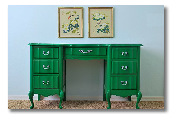 Emerald City. Is the Emerald Trend for you? {via Fieldstone Hill Design}
