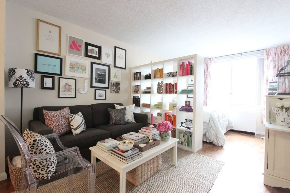 client spaces: Jackie\'s NYC studio apartment - decorating ...