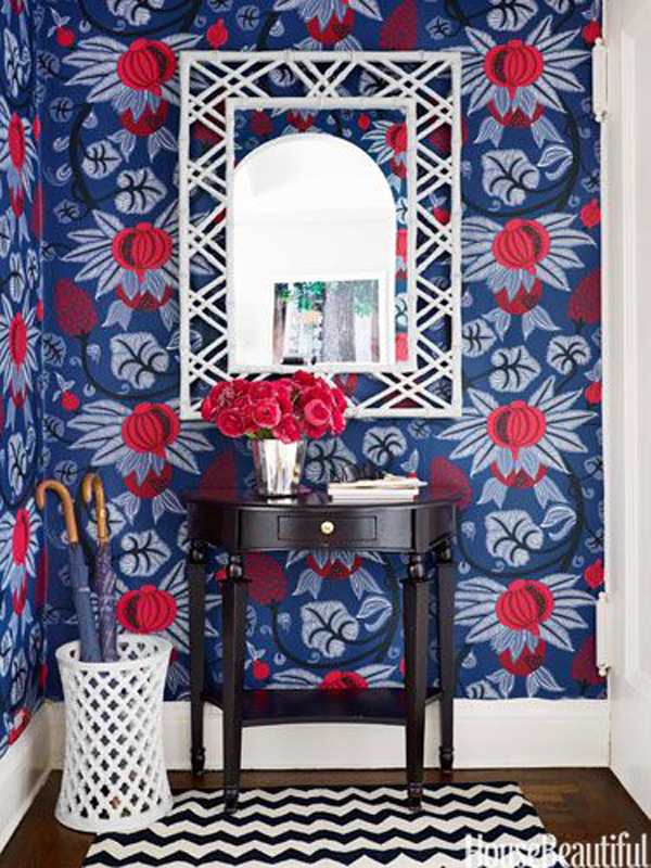 Gorgeous Red White and Blue Rooms via interior designer @fieldstonehill