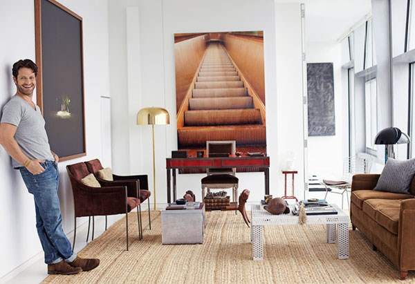 Nate-Berkus-in-his-New-York-City-apartment