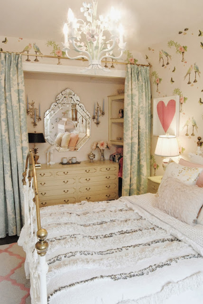Dreamy Little Girls Bedroom, ditto via @fieldstonehill
