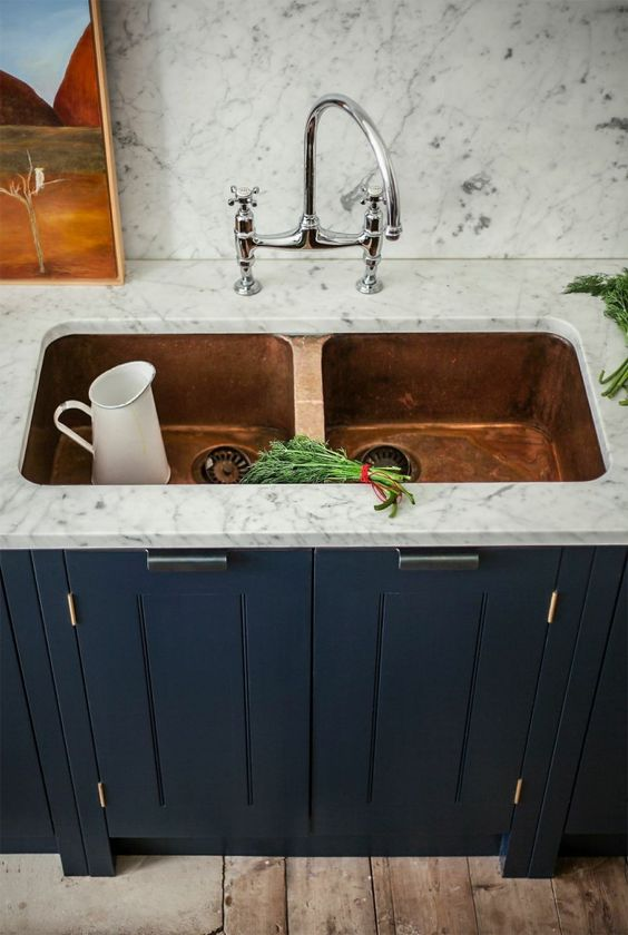 10-ways-to-bring-copper-into-your-kitchen-via-fieldstonehill-sink2