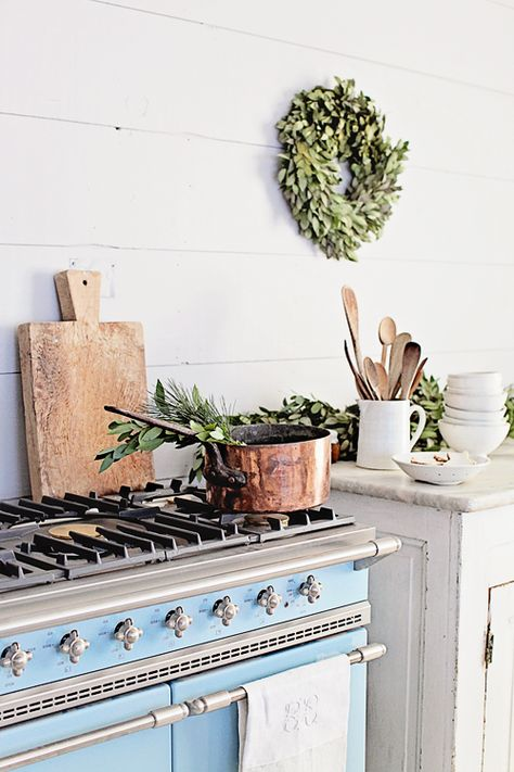 10-ways-to-use-copper-via-fieldstonehill-on-stove