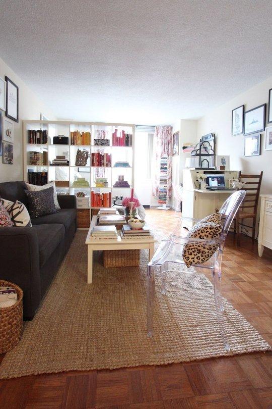 client spaces: Jackie's NYC studio apartment - decorating ...